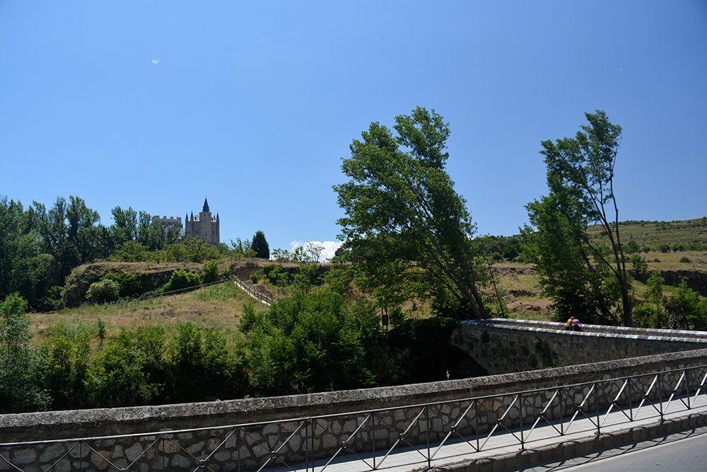 Un paseo alternativo por Segovia - Be There Before 09