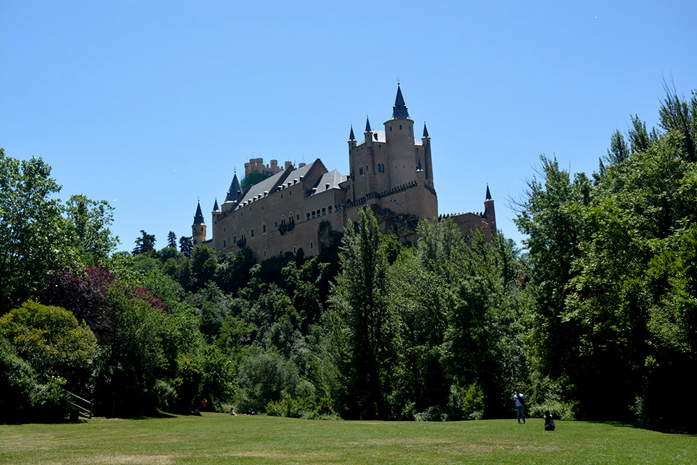 Un paseo alternativo por Segovia - Be There Before 14