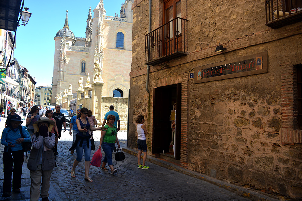 Un paseo alternativo por Segovia - Be There Before 32