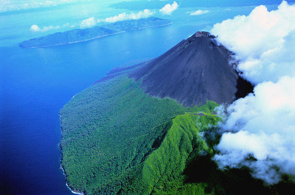 Vanuatu Volcán 1 - Be There Before